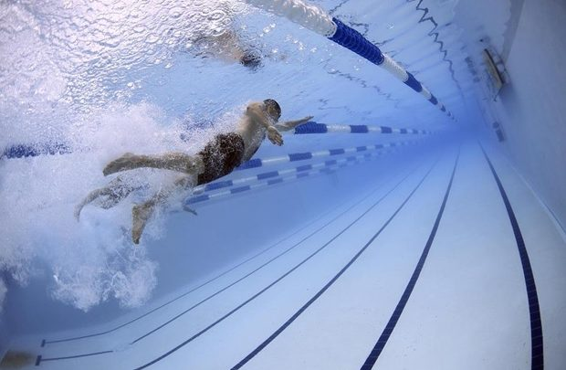 How Swimming Helps you Lose Weight?